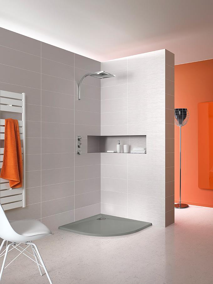 Nouveaut s salle de bains kinedo douche paroi d co for Receveur douche couleur