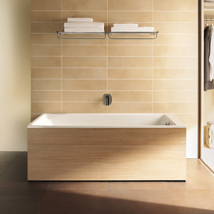 Collection salle de bains design duravit onto d co salle de bains - Coffrage baignoire bois ...