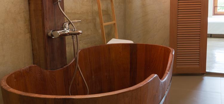 Les essences pour une baignoire en bois
