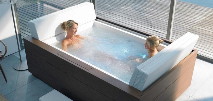 les baignoires baln o de duravit d co salle de bains. Black Bedroom Furniture Sets. Home Design Ideas