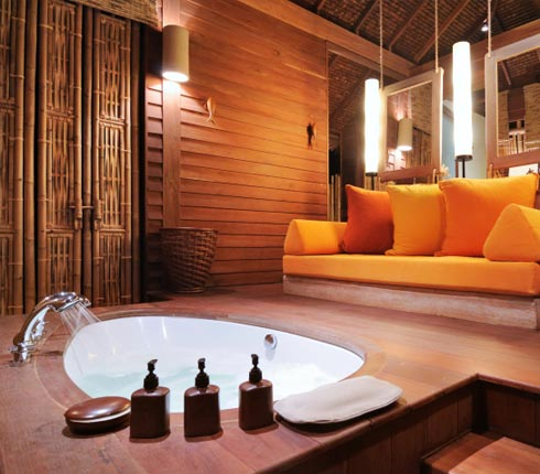 mettre du bambou dans la salle de bain blog d co salle de bains. Black Bedroom Furniture Sets. Home Design Ideas