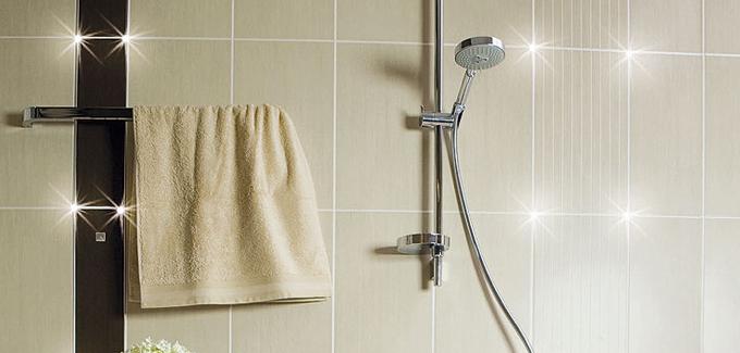 eclairage de salle de bains comment le choisir d co salle de bains. Black Bedroom Furniture Sets. Home Design Ideas
