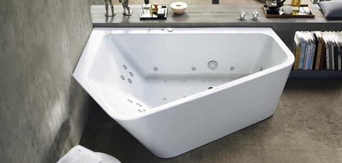 Les types de baignoire d 39 angle d co salle de bains for Salle de bain baignoire d angle zen