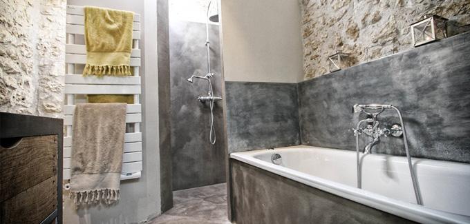 4 id es pour int grer le zinc dans sa salle de bain d co. Black Bedroom Furniture Sets. Home Design Ideas