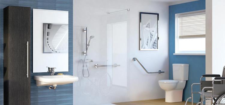 Pourquoi opter pour une salle de bains PMR