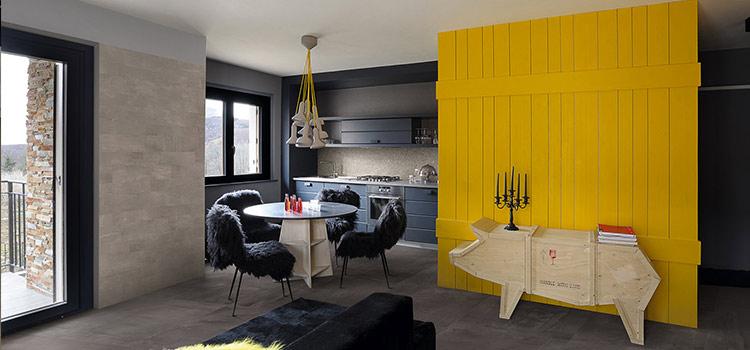 Cuisine ouverte design avec décoration moderne.