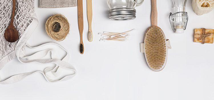 Ensemble de brosses à cheveux en bois