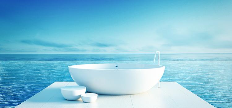 Visuel baignoire ilot avec vue mer
