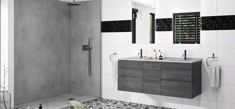 Salle d'eau moderne avec revêtement béton ciré gris