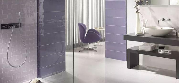 Salle de bains design mauve