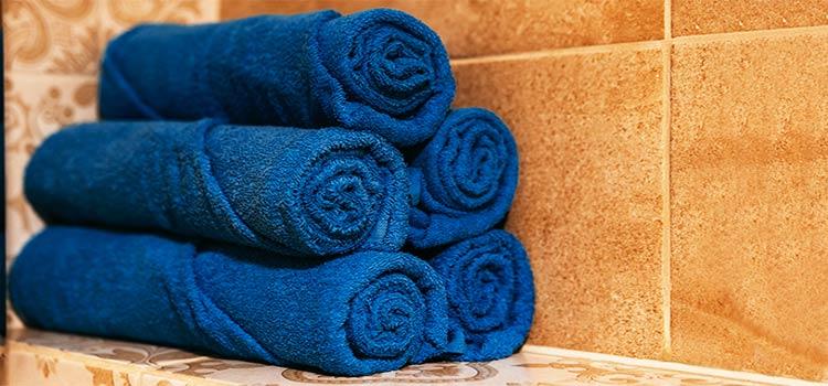 Serviettes bleu classique