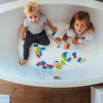 La décoration d'une salle de bains dédiée aux enfants