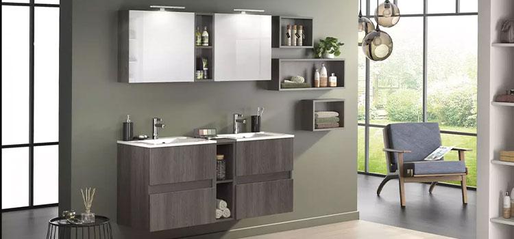 Salle de bains design et moderne de couleur marron