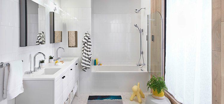 salle de bains tout équipée