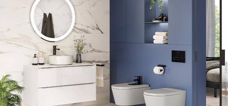 salle de bains avec meuble et wc suspendu